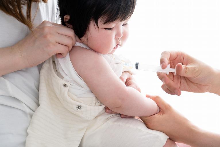 赤ちゃんを病気から守るために~予防接種~